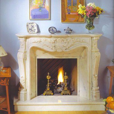 decoracion-chimeneas-leña-luis-xv-marmol-blanco